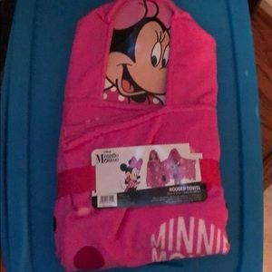 NWT Minnie Mouse hooded towel